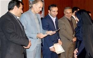پژوهشگران برتر آموزش و پرورش شهرستان شازند تجلیل شدند