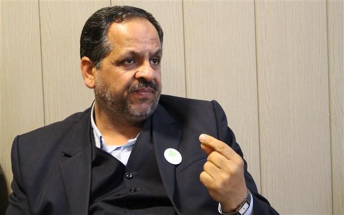 مدیر آموزش و پرورش ناحیه 3 شیراز محمد کماندار