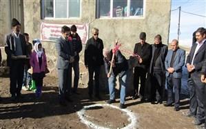مدرسه  خیرساز روستای حاج یوسف لوی علیای آذربایجان شرقی کلنگزنی شد