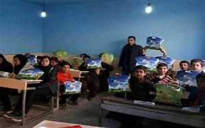 بیش از 200 بسته زیست محیطی در مدارس سردشت توزیع شد