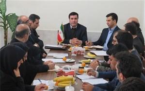 """رئیس اداره مشارکت های مردمی آذربایجان شرقی:  """" توسعه متوازن """" بعنوان اولویت مهم در راستای کیفیت بخشی مدارس غیردولتی است"""