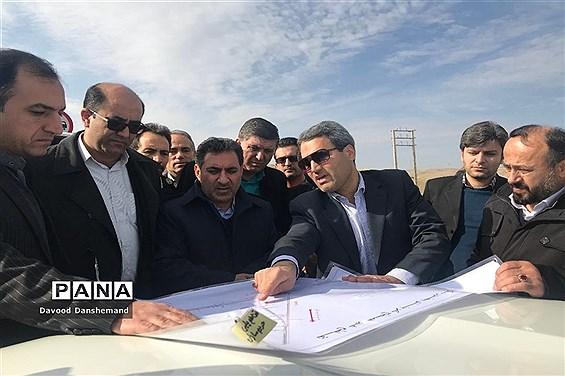 بازدید معاون وزیر راه و شهرسازی از پروژههای راه و شهرسازی خراسان شمالی