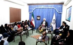 دیدار صمیمی جمعی از مقام آوران بوشهری رشته «یو.سی.مس» با آیت الله صفایی بوشهری