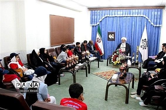 دیدار صمیمی جمعی از مقامآوران رشته «یو.سی.مس» با آیت الله صفایی بوشهری
