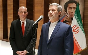وزیر دفاع ایران به نمایندگی از روحانی وارد کاراکاس شد