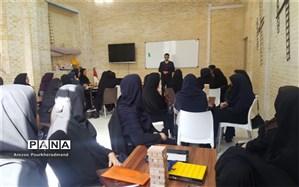 برگزاری کلاس آموزشی جنگا و ریورسی ویژه مربیان پیشتاز ناحیه یک