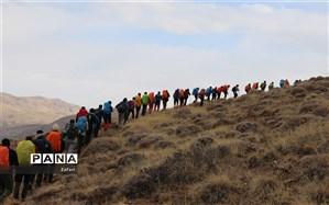 کوه کیسمار میزبان کوهنوردان مشهد و شیروان