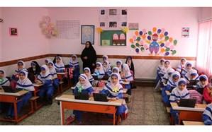 دواری: مدیران و معلمان مدارس باید در طرح ریزی برنامه درسی ایفای نقش داشته باشند