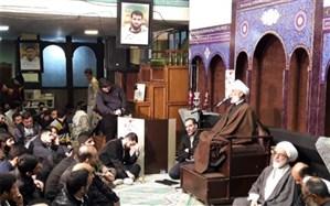 امام جمعه تهران: وحدت وهمدلی راه حل برون رفت از مشکلات است