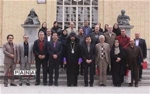 مجموعه واحدهای آموزشی ارامنه اصفهان همانند سایر واحدها در تیم راهبری تعلیم و تربیت آموزش و پرورش استان هستند