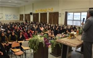 رئیس آموزش و پرورش پیربکران: حمایت از کالای ایرانی به عنوان یک محور اساسی در زمینه استقلال است