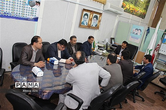 جلسه هماندیشی حوزه معاونت پشتیبانی و سازمان دانشآموزی استان بوشهر