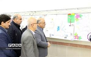 نمایشگاه روزنامه دیواری آثار دانش آموزان با محوریت احیای دریاچه ارومیه افتتاح شد
