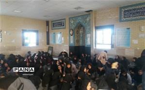سفره مهربانی در دبیرستان حضرت زینب( س) کاشمر