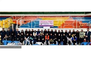شرکت بیش از 50 معلم تربیت بدنی استان در کارگاه های آموزش هندبال