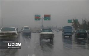 ورود سامانه بارشی فعال به فارس و آبگرفتگی معابر