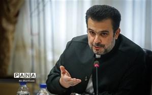 دستور وزیر آموزش و پرورش بر دنبال کردن برنامههای رادیو قرآن در کلاس های مدارس