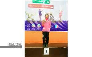 افتخار آفرینی دانش آموز دبستان عاطفه 2 آبادان در مسابقات قهرمانی کشور ووشو بانوان