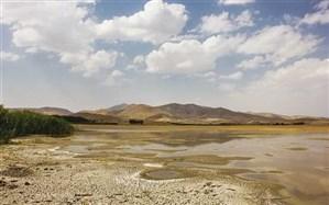 حیدری، کارشناس محیطزیست:  تالابهای مرکزی ایران به کانونهای گرد و غبار تبدیل شدهاند