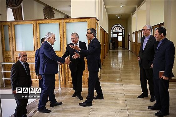 دیدار نماینده ویژه رئیس جمهور روسیه در امور سوریه با دستیار ارشد وزیر امورخارجه