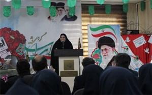 فاطمه سعیدی: با استقامت وانتقال پیام امید به خانواده ها میتوان مشکلات کشور را حل کرد