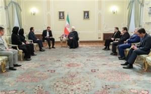 روحانی: پشتیبان دولت مادورو هستیم