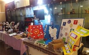 برگزاری نمایشگاه دست سازه های دانش آموزان با محوریت پدافندغیرعامل