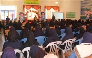 نواخته شدن زنگ انقلاب در مدارس شهرستان سمیرم