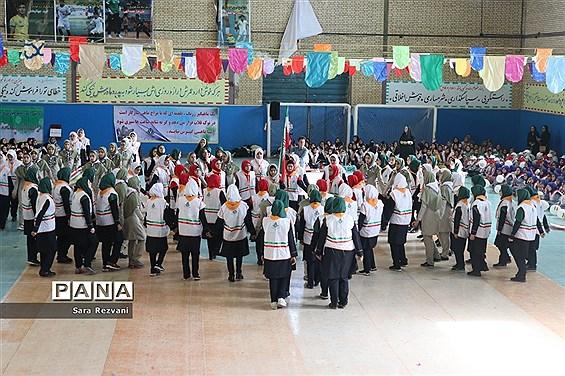 همایش یک هزار نفری  پیشتازان انقلابی در اسلامشهر