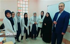 برگزاری مسابقات علوم آزمایشگاهی درمدارس حمیدیه
