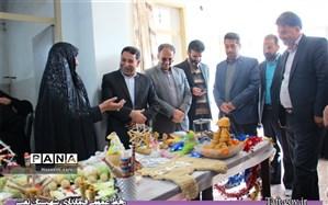 افتتاح نمایشگاه توانمندیهای بانوان روستای نصرآباد با حضور فرماندار شهرستان تفت