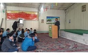همایش کرسی های آزاد اندیشی در مدرسه شاهد امام حسین (ع) ناحیه دو برگزار شد