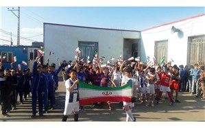 برگزاری برنامه های ویژه دانش آموزی به مناسبت دهه فجر در مدرسه هفتوان سلماس