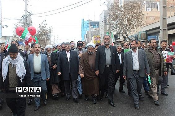 حماسه باشکوه حضورمردم اسلامشهر در راهپیمایی 22 بهمن 97