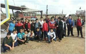 کاروان راهیان نور مدرسه نواب صفوی شهرستان گتوند راهی آبادان شد