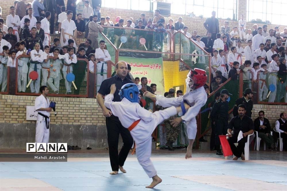 مسابقات کیوکشین کاراته شرق کشور در شهرستان خوسف