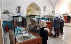 بازدید دانش آموزان مدارس ناحیه 2 اردبیل از مجموعه تاریخی شیخ صفی الدین اردبیلی و موزه مردم شناسی