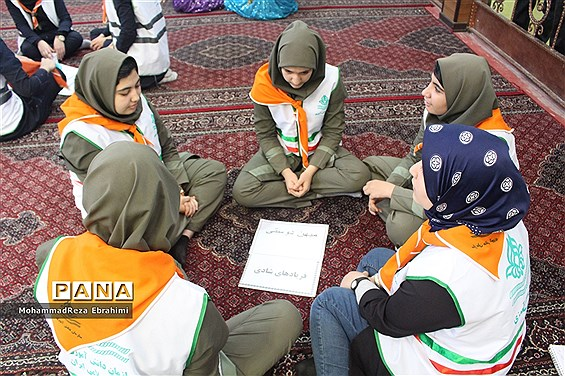 مانور تشکیلاتی پیشتازان سازمان دانش آموزی استان همدان
