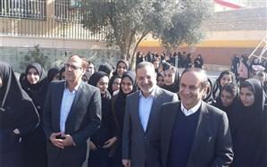 بازدید وزیر آموزش و پرورش  از دبیرستان  هیأت امنایی شهید آوینی ایلام