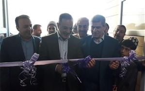 وزیر آموزش و پرورش اولین استخر دانشآموزی استان ایلام را افتتاح کرد