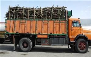 قاچاقچیان چوب در شهرستان اشتهارد دستگیر شدند