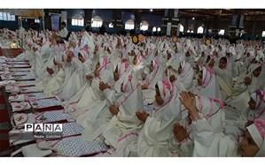 برگزاری جشن تکلیف ۱۵۰۰  دانش آموز دختر ناحیه ۳ اهواز