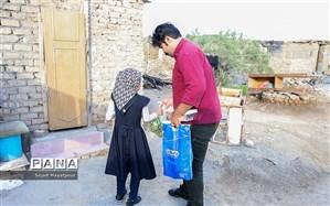 اهدای ۲۱۰ هزار دست لباس نو به مستضعفان در سال ۹۸