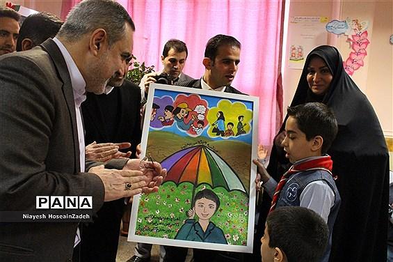 بازدید وزیر آموزش و پرورش از برنامه ویژه مدارس استان البرز