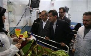استاندار قم از مصدومین حادثه تصادف در محور قم -تهران عیادت کرد
