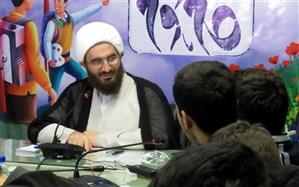 حاج علی اکبری: شهید سلیمانی مقبول نسل امروز و برگزیده نسل دیروز است