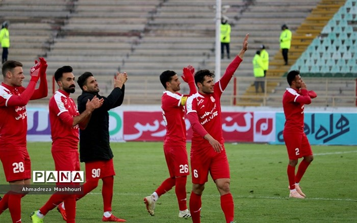 دیدار تیمهای تراکتورسازی و سپاهان اصفهان