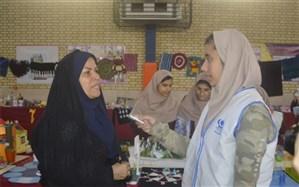 بازارچه کار آفرینی دبیرستان شهیده سهام خیام بوشهر برگزار شد
