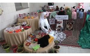 برپایی نمایشگاه توانمندی های دانش آموزان در نمین