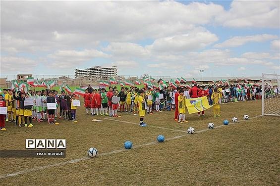 افتتاحیه اولین جشنواره بزرگ فوتبال پایه دانشآموزان و آکادمی فوتبال ارومیه